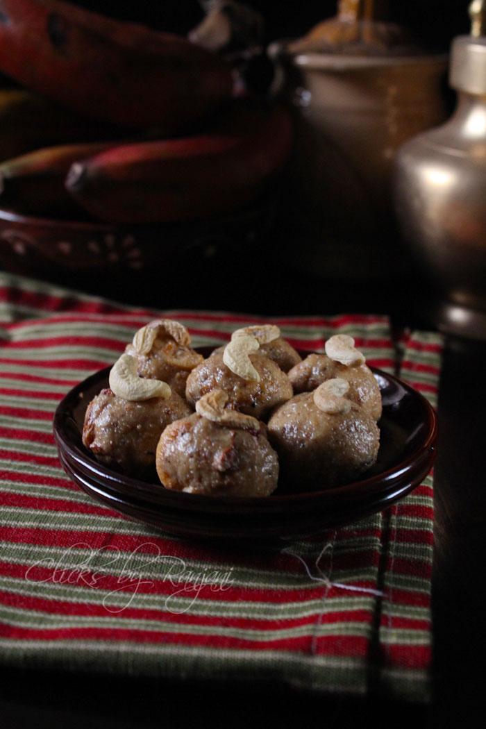 Ulundhu laddu recipe   Urad dal laddu